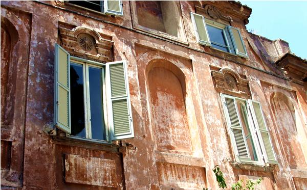 Windows on Italy